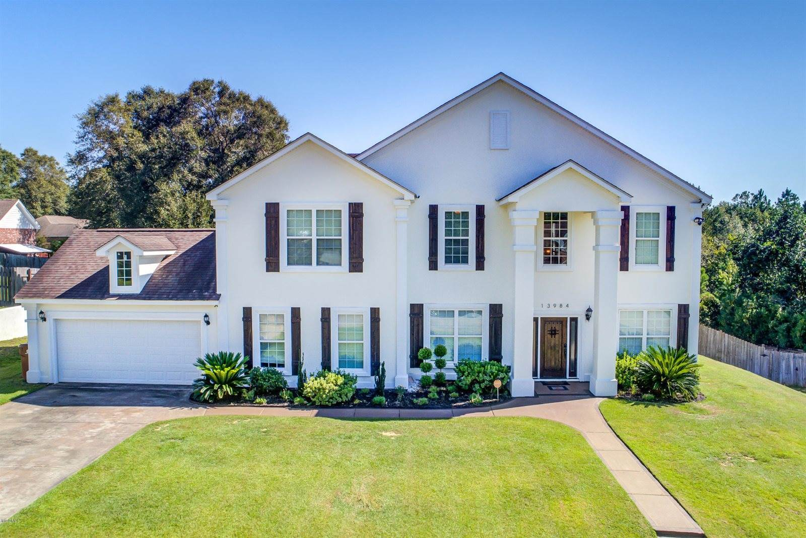 13984 N White Swan Cv, Gulfport, MS 39503