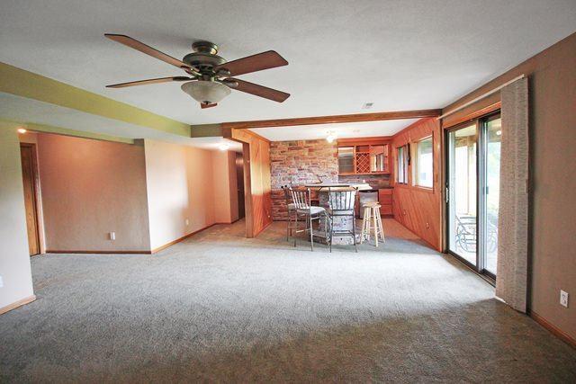 1030 North Mesa Drive, Freeport, IL 61032