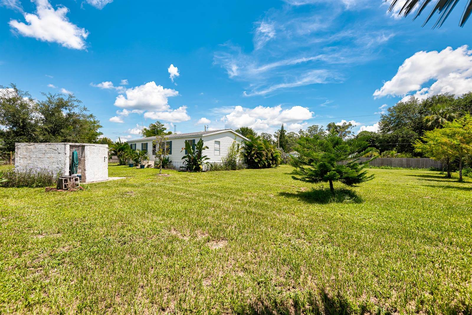 8315 Grady Dr, North Fort Myers, FL 33917