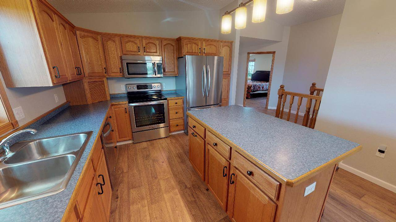 1192 59th Avenue SW, Beulah, ND 58523