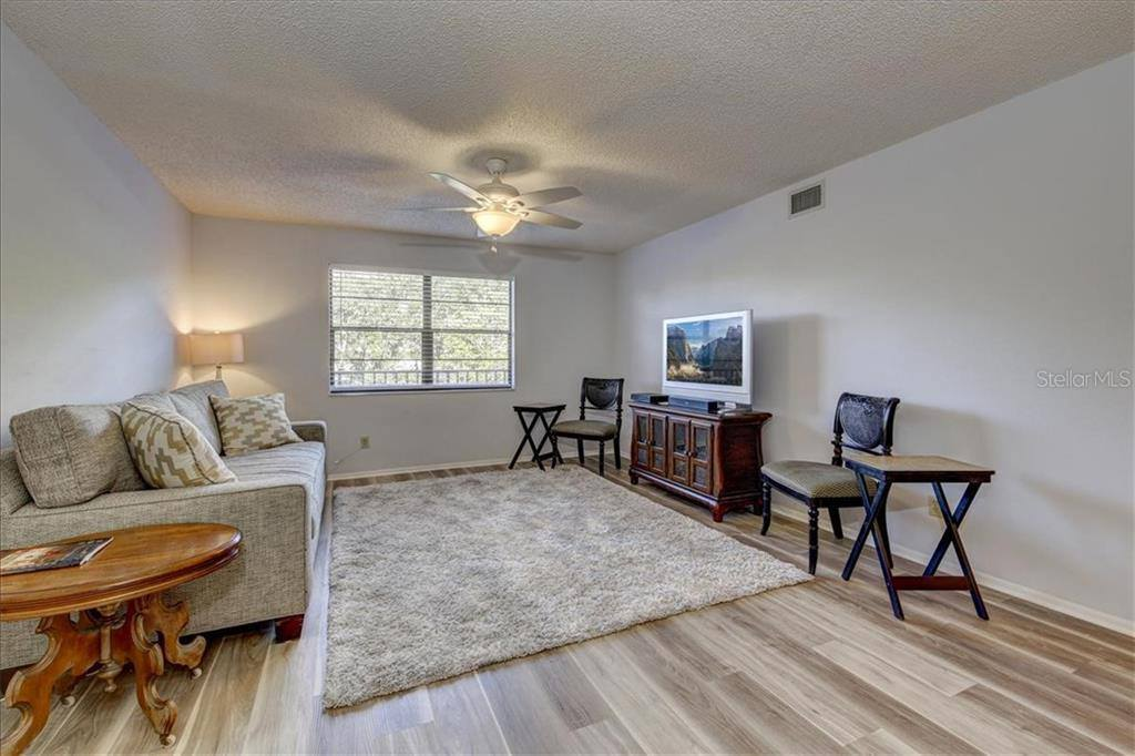 8174 Terrace Garden Drive North, #208, Saint Petersburg, FL 33709