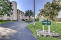 8174 Terrace Garden Drive North, #208, Saint Petersburg, FL 33709