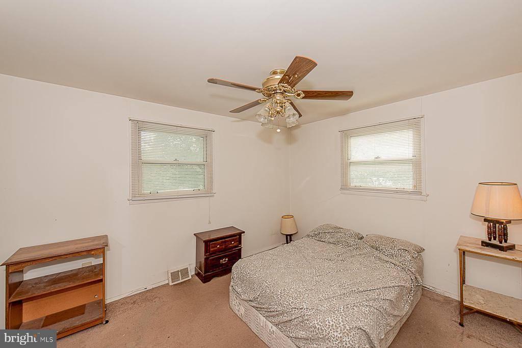 9501 Baltimore Avenue, Laurel, MD 20723