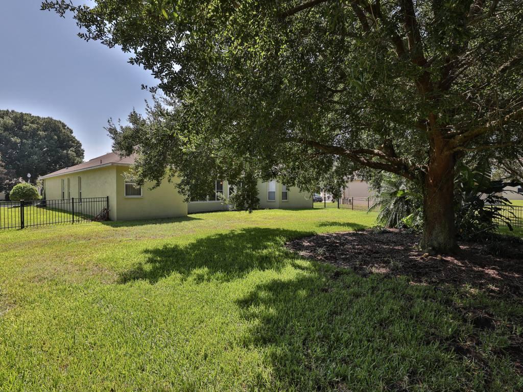 1016 Parkside Pointe Boulevard, Apopka, FL 32712