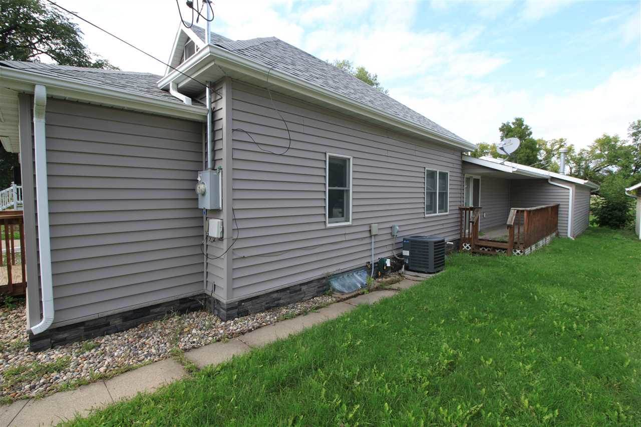 612 5th Ave NW, Minot, ND 58703