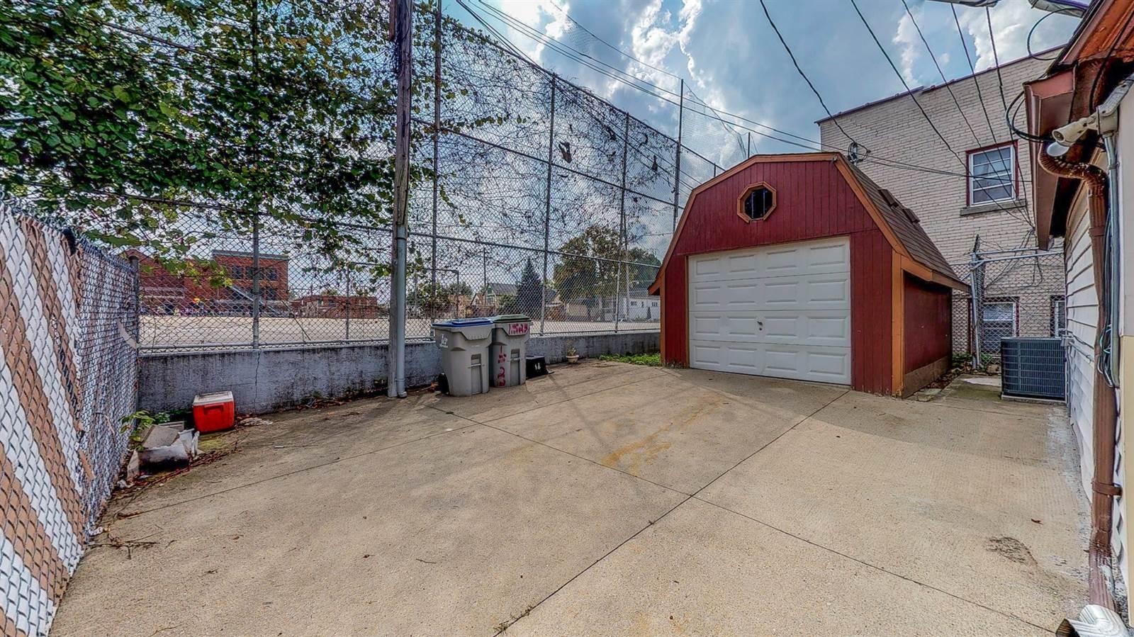 1523 W. Mitchell Street, Milwaukee, WI 53204