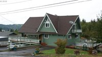 2030 King Ln, Myrtle Point, OR 97458