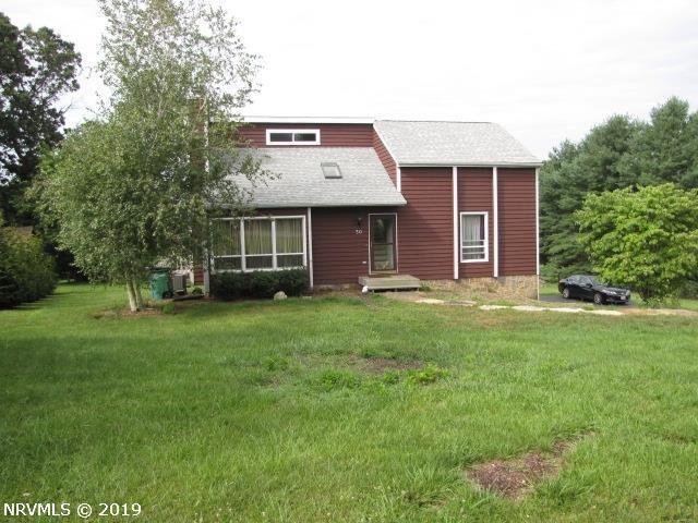 30 Windmill Ridge Road, Christiansburg, VA 24073