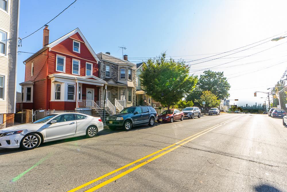 175 Bergen Avenue, Kearny, NJ 07032
