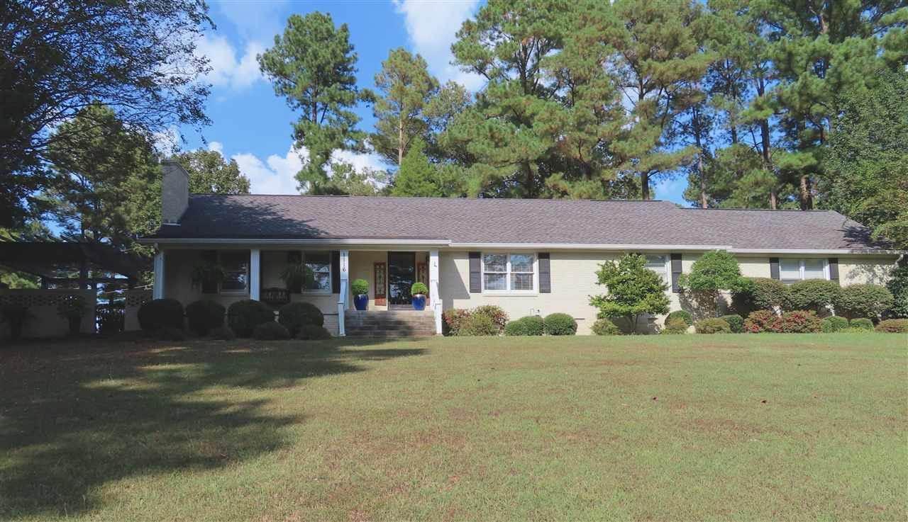 1116 White Ave, Henderson, TN 38340