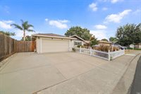 312 Livingston Avenue, Vacaville, CA 95687