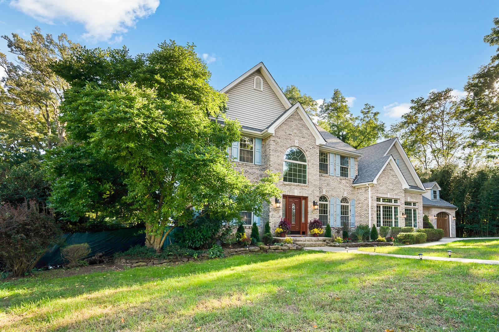 2 Victorian Woods Drive, Atlantic Highlands, NJ 07716