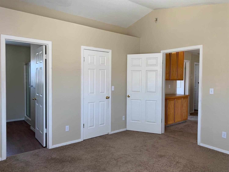 6753 Alamar Way, Elk Grove, CA 95758