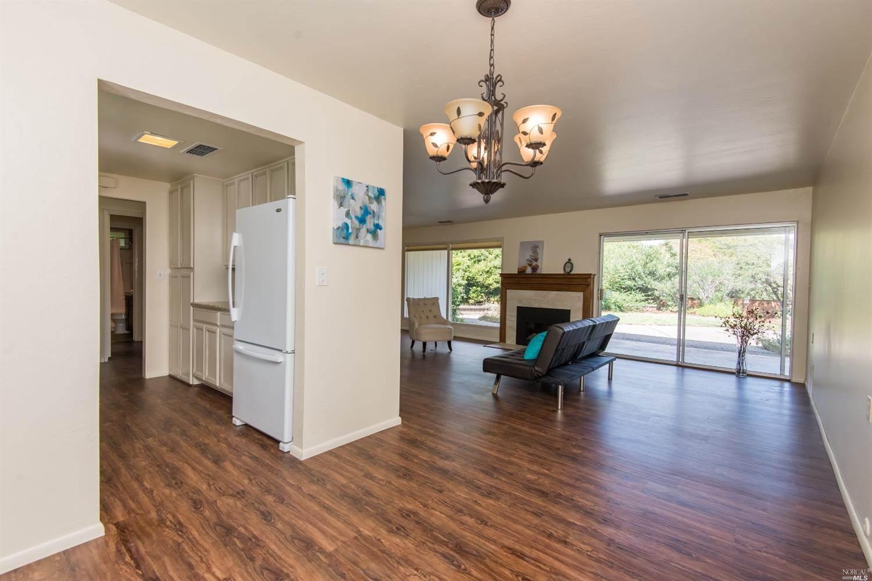 436 Deerfield Circle, Santa Rosa, CA 95409