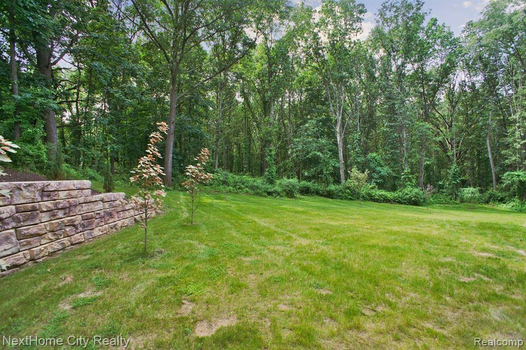 3467 West Buno Road, Milford Township, MI 48380