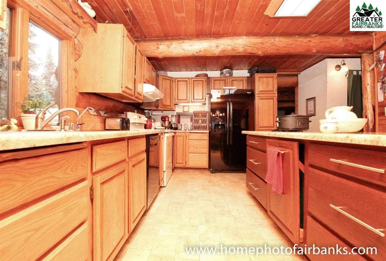 356 Louise Ln., Fairbanks, AK 99709