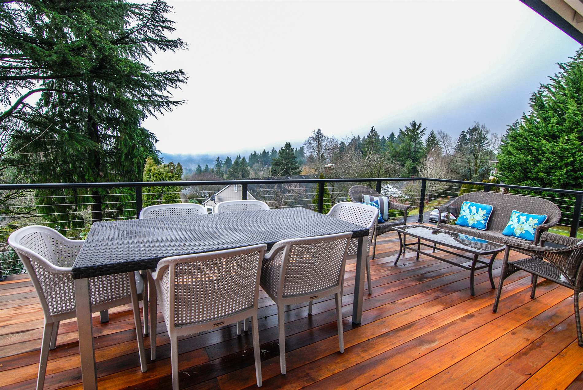1234 SW 57th Ave, Portland, OR 97221