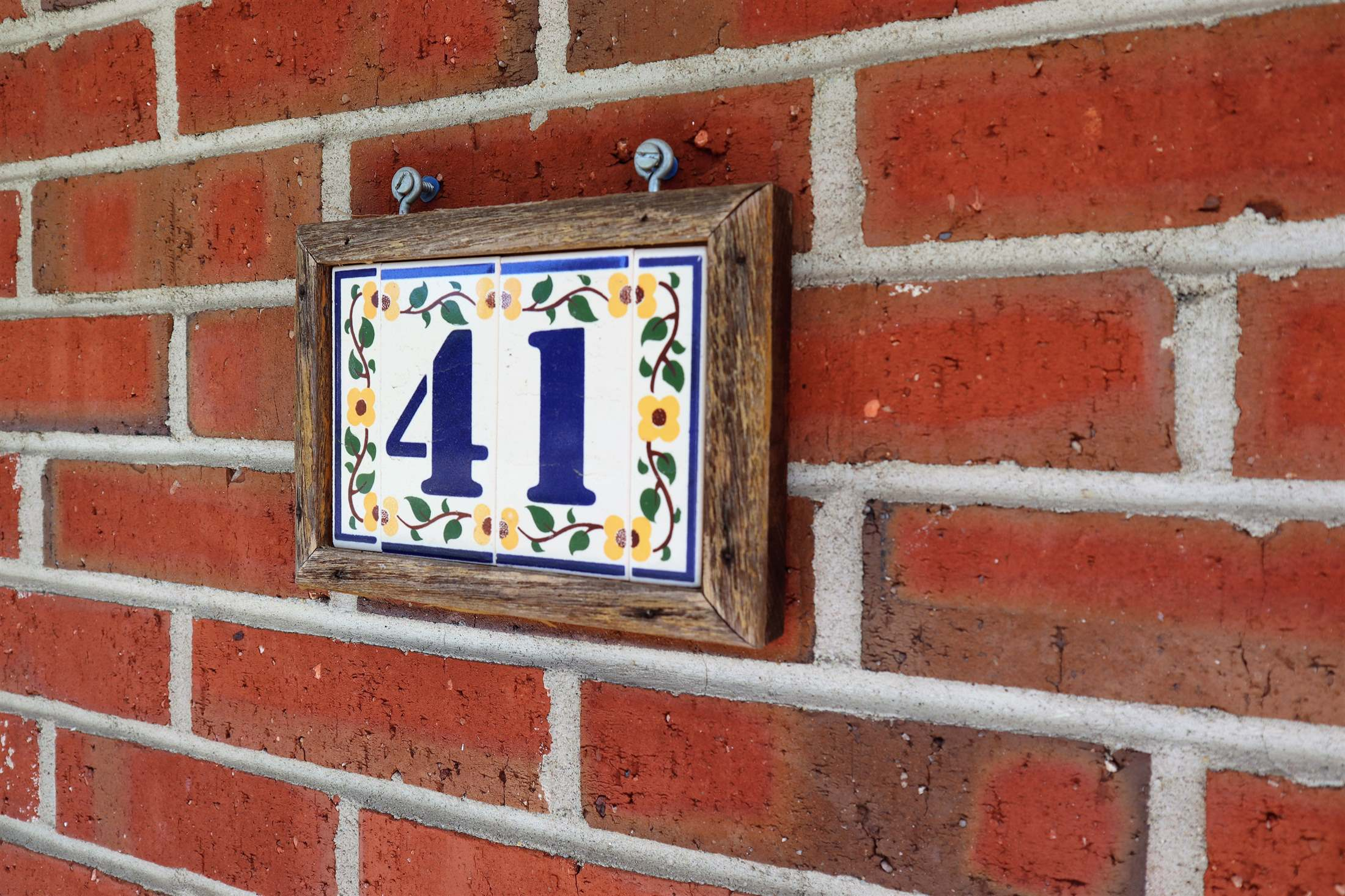 41 Sycamore Drive, Burlington, NJ 08016