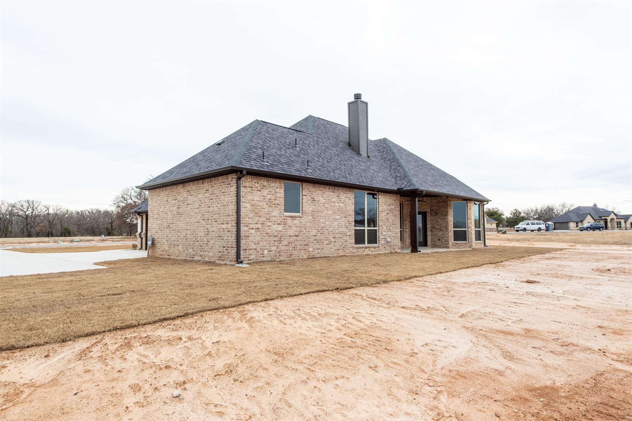 3221 North Cardinal Road, Azle, TX 76020