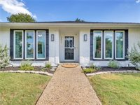 1911 Lakeview Drive, Rockwall, TX 75087