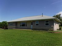 530 E 6th, Strong City, KS 66869