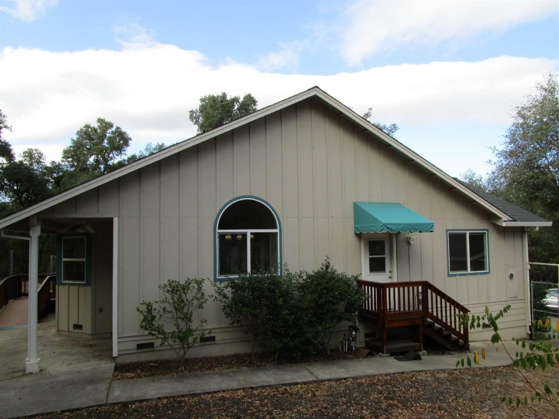 1460 Calaveritas Road, San Andreas, CA 95249