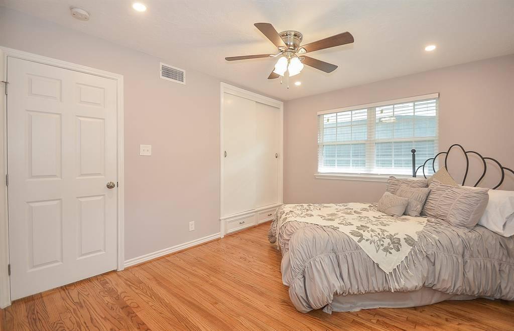 4910 Nina Lee Lane, Houston, TX 77092