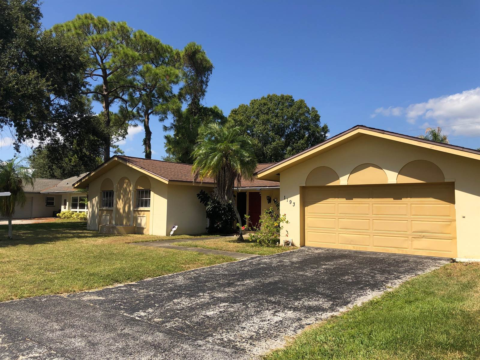 1193 88TH Avenue North, Saint Petersburg, FL 33702