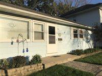 39 North Sunset Avenue, Freeport, IL 61032