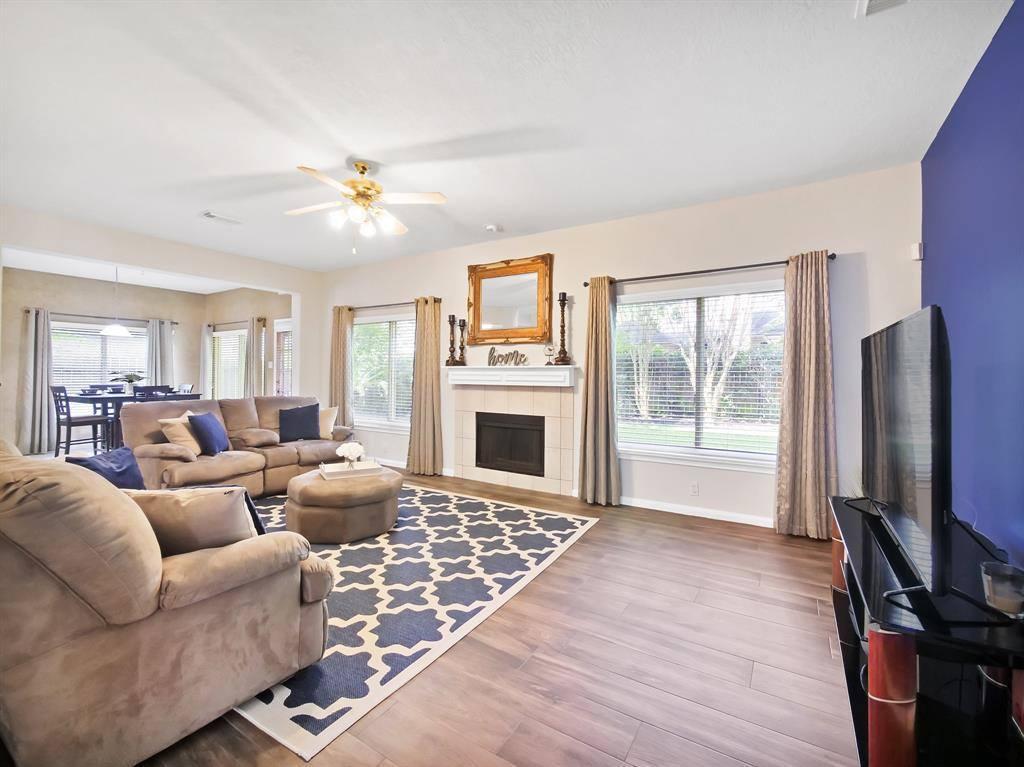 506 Crestridge Drive, Sugar Land, TX 77479