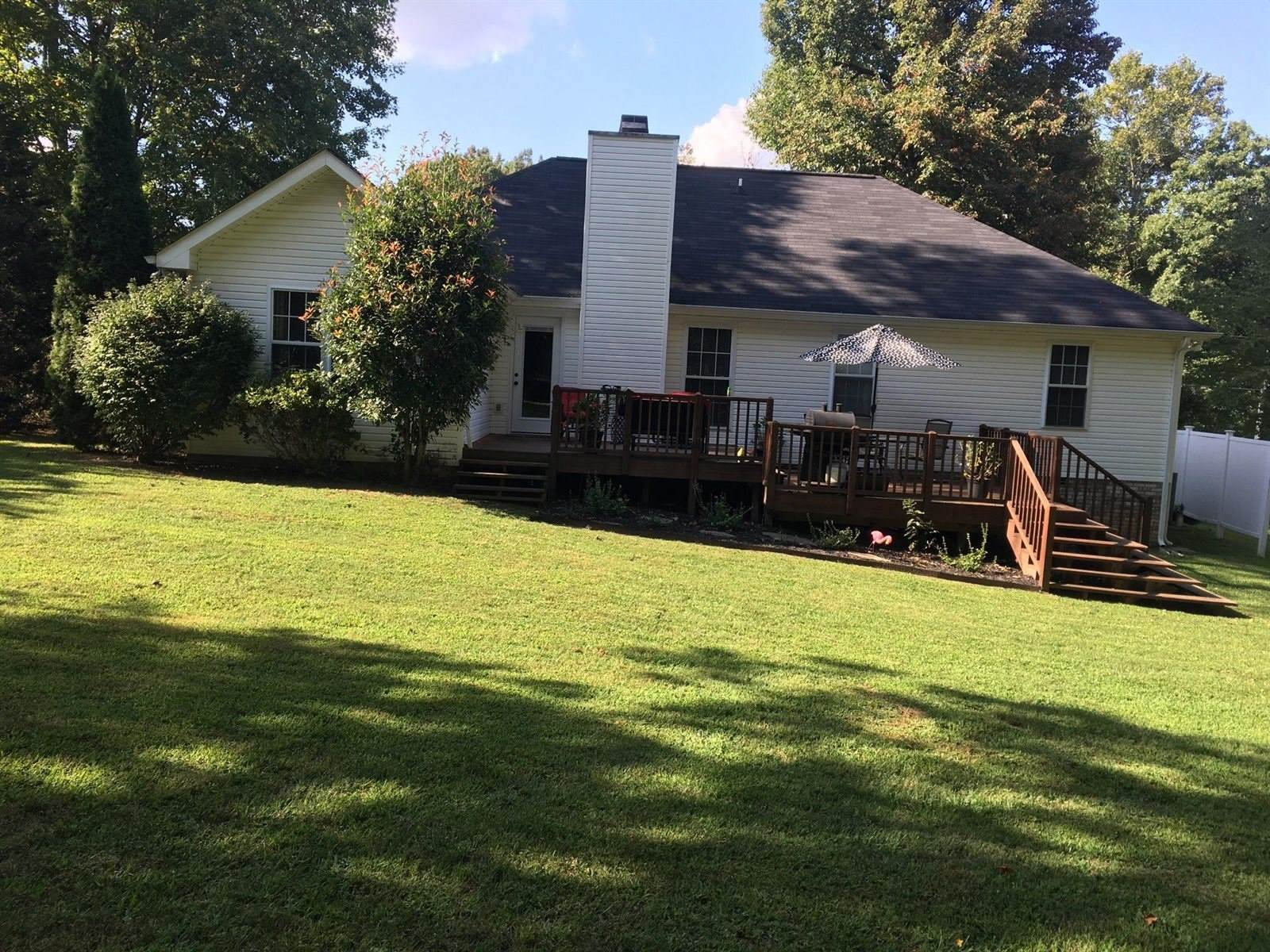 3456 Eastwood Dr, Clarksville, TN 37043