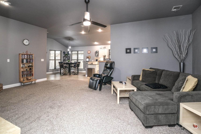 9704 Rochester Avenue, Lubbock, TX 79424