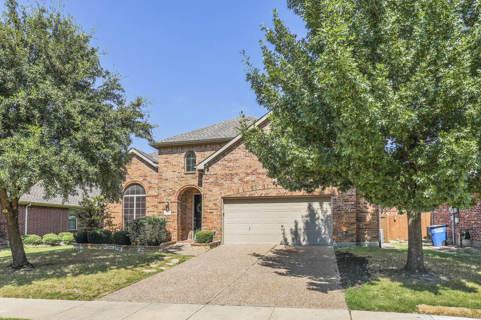 2433 Dove Creek Dr., Little Elm, TX 75068