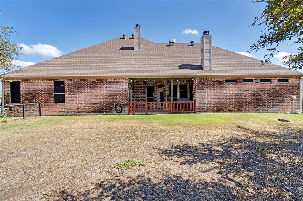 150 Blacktail Lane, Azle, TX 76020