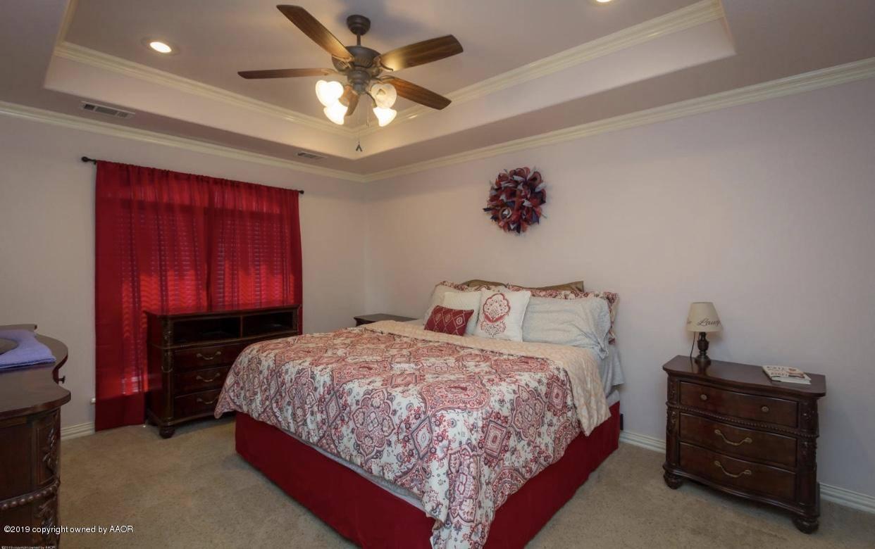 8109 Taos Dr, Amarillo, TX 79118