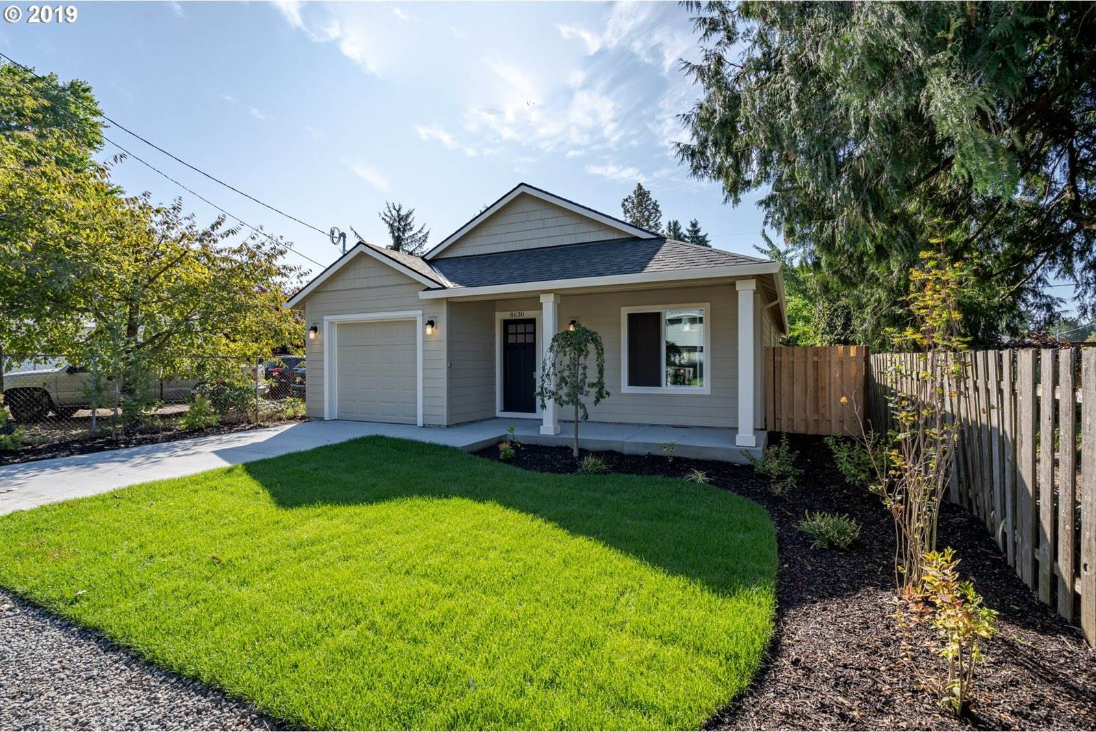 8630 SE Gray St, Happy Valley, OR 97086