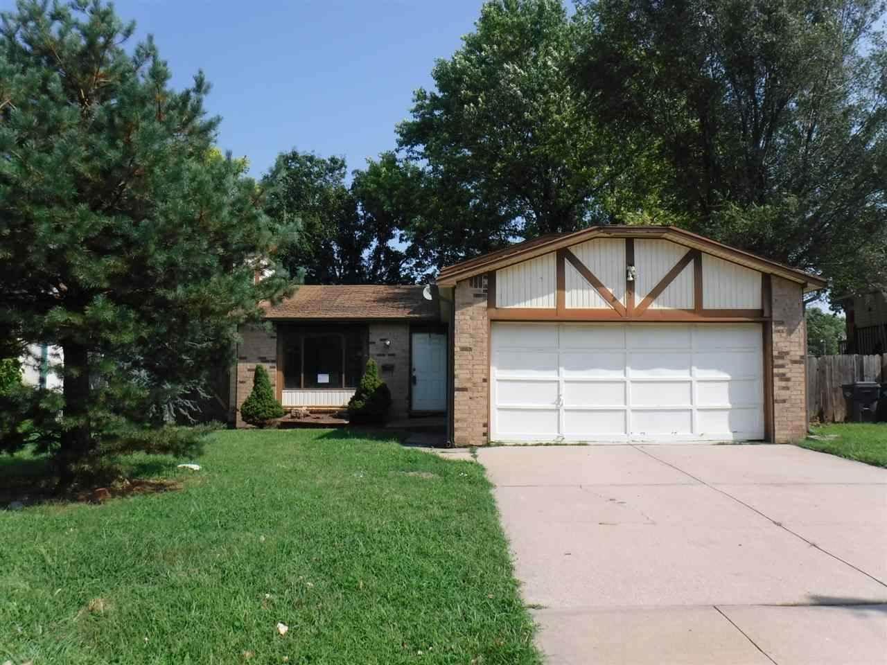 2520 W Sunnybrook St, Wichita, KS 67217