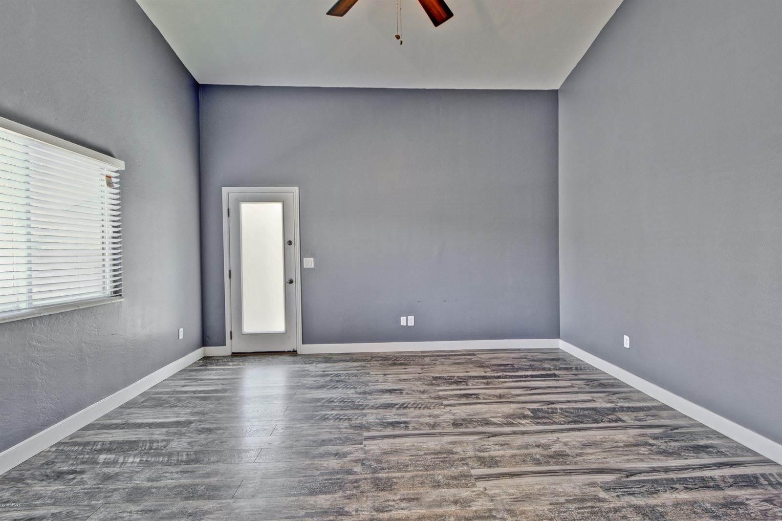 712 West Saguaro Lane, San Tan Valley, AZ 85143