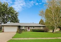 2006 West Winchester Drive, Freeport, IL 61032