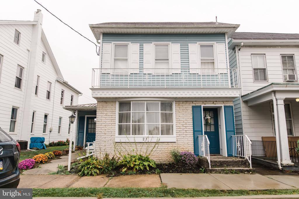 21 West Coover Street, Mechanicsburg, PA 17055