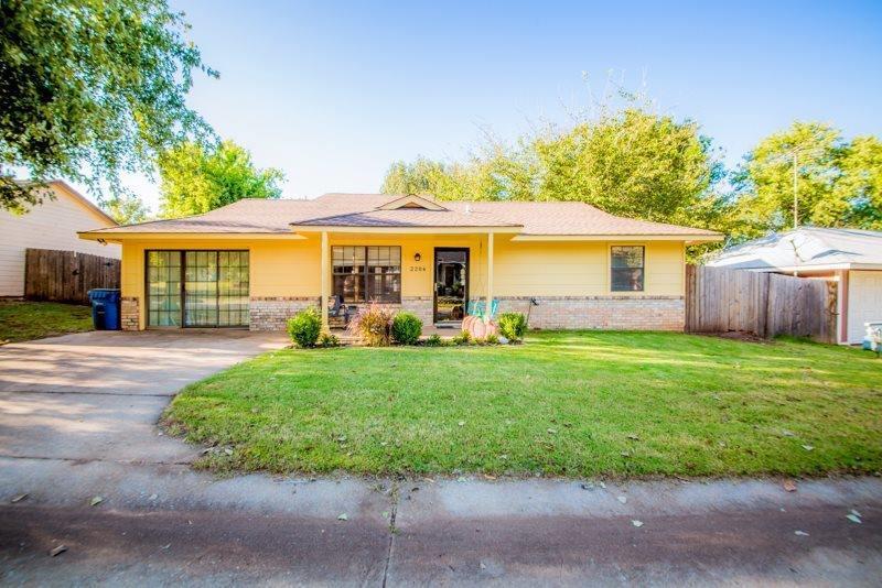 2204 E Post Oak Drive, Stillwater, OK 74075