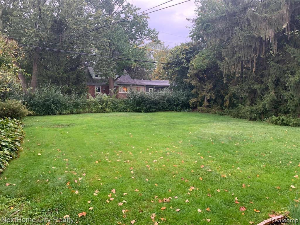 18185 Wiltshire Boulevard, Lathrup Village, MI 48076