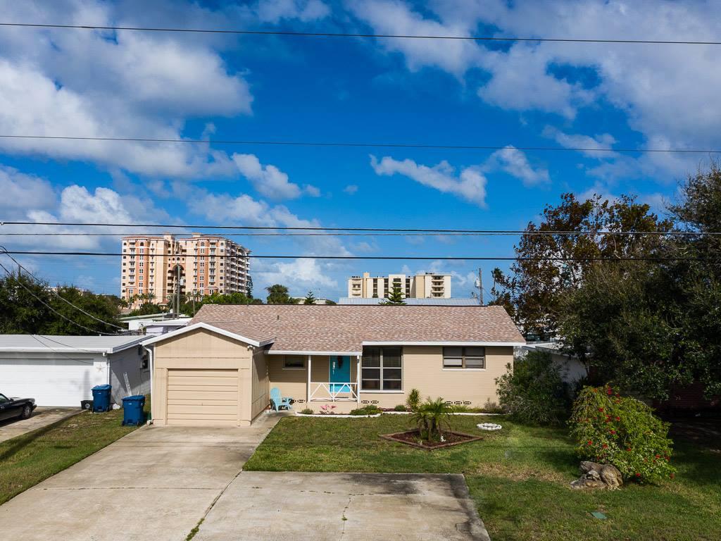 3259 Peninsula Drive, Daytona Beach, FL 32118