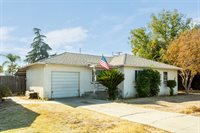 2171 Mayfair Drive E, Fresno, CA 93703