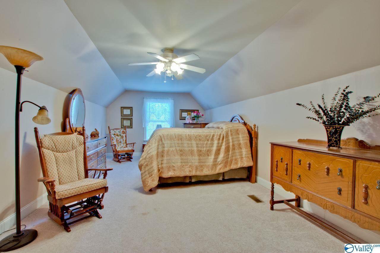 2479 Bob Jones Road, Scottsboro, AL 35769