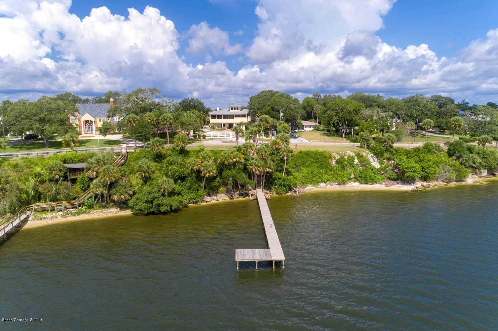 865 North Indian River Drive, Cocoa, FL 32922