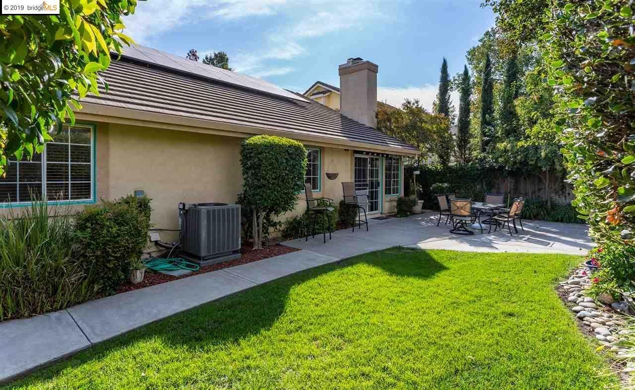 1128 Riviera Ct, Livermore, CA 94551