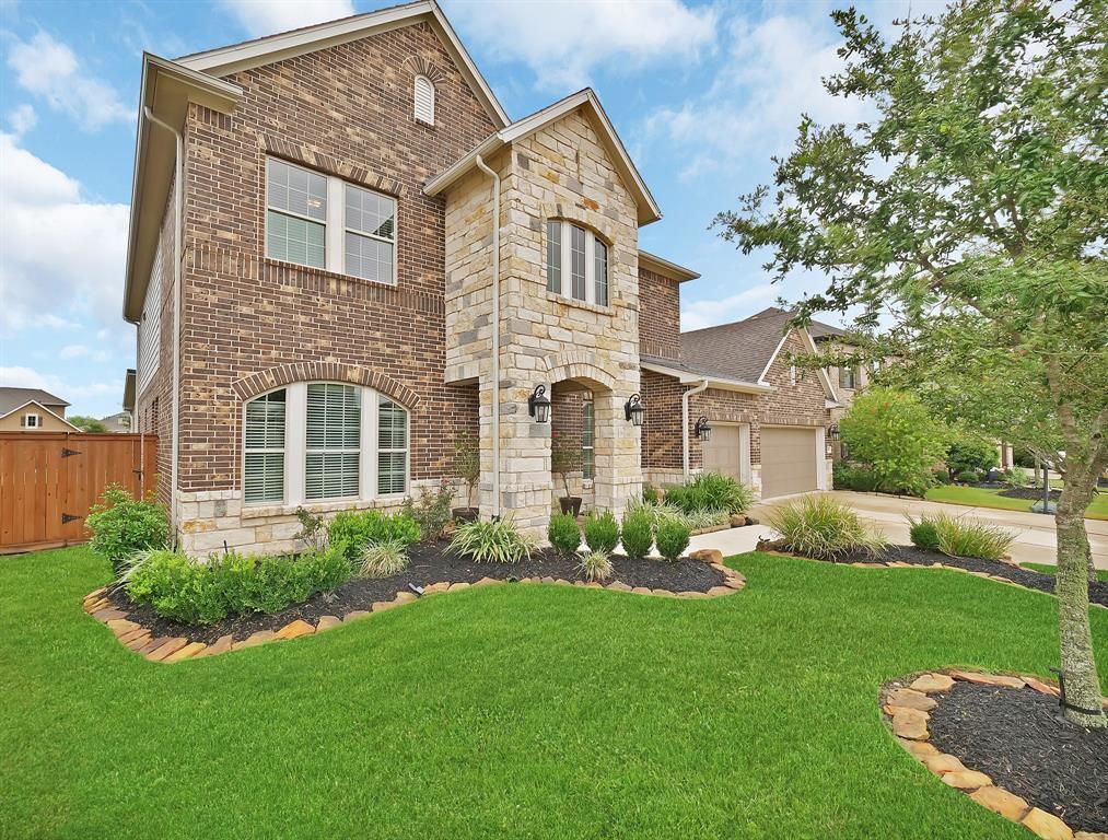 10619 Grace Hollow Drive, Cypress, TX 77433
