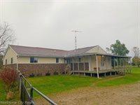 6336 Hunters Creek Road, Imlay Township, MI 48444