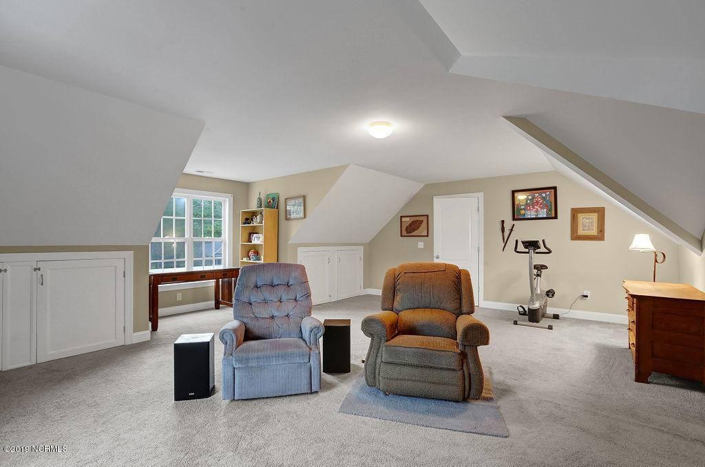 564 Royal Tern Drive, Hampstead, NC 28443